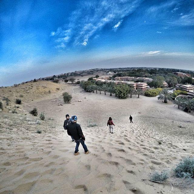 Have sand dunes, climb we will. . . . . . #naturelovers #sanddunes #dechu #RideAfterDark #RoyalEnfield #chasingadventures #chasingthesun https://ift.tt/2QlNNZK