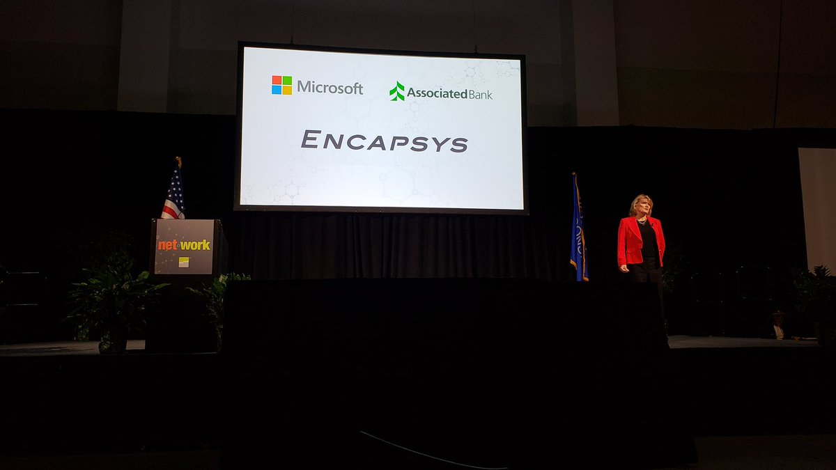 E.D. talk speaker Mary Goggins talking chemistry and talent development #nnsummit18 <br>http://pic.twitter.com/qvXvCOHPXO