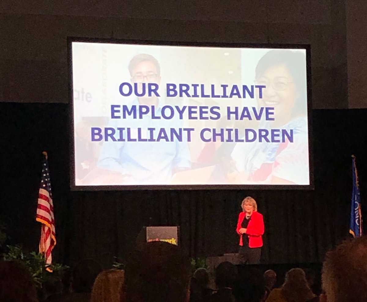 Mary Goggans shares insights with attendees a simple yet brilliant talent recruitment strategy! #nnsummit18 <br>http://pic.twitter.com/kqiW7w4Y7S
