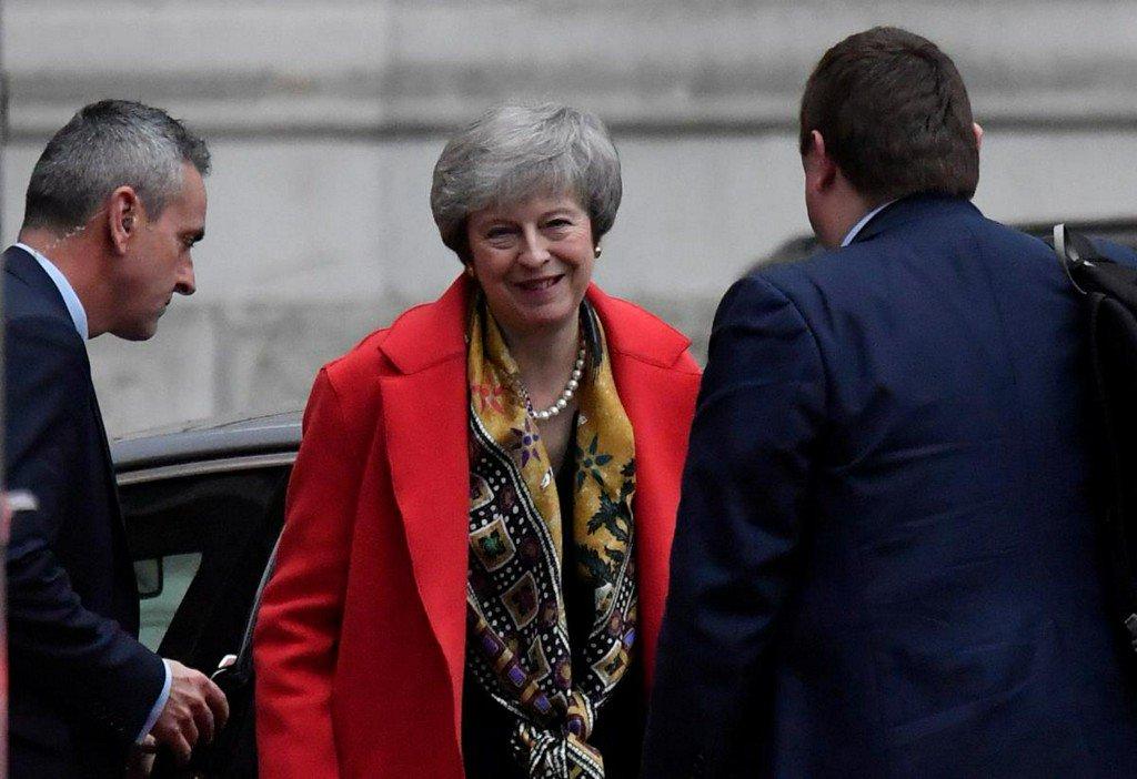 Brexit vote to go ahead despite report ministers seek delay https://reut.rs/2RCl0fL
