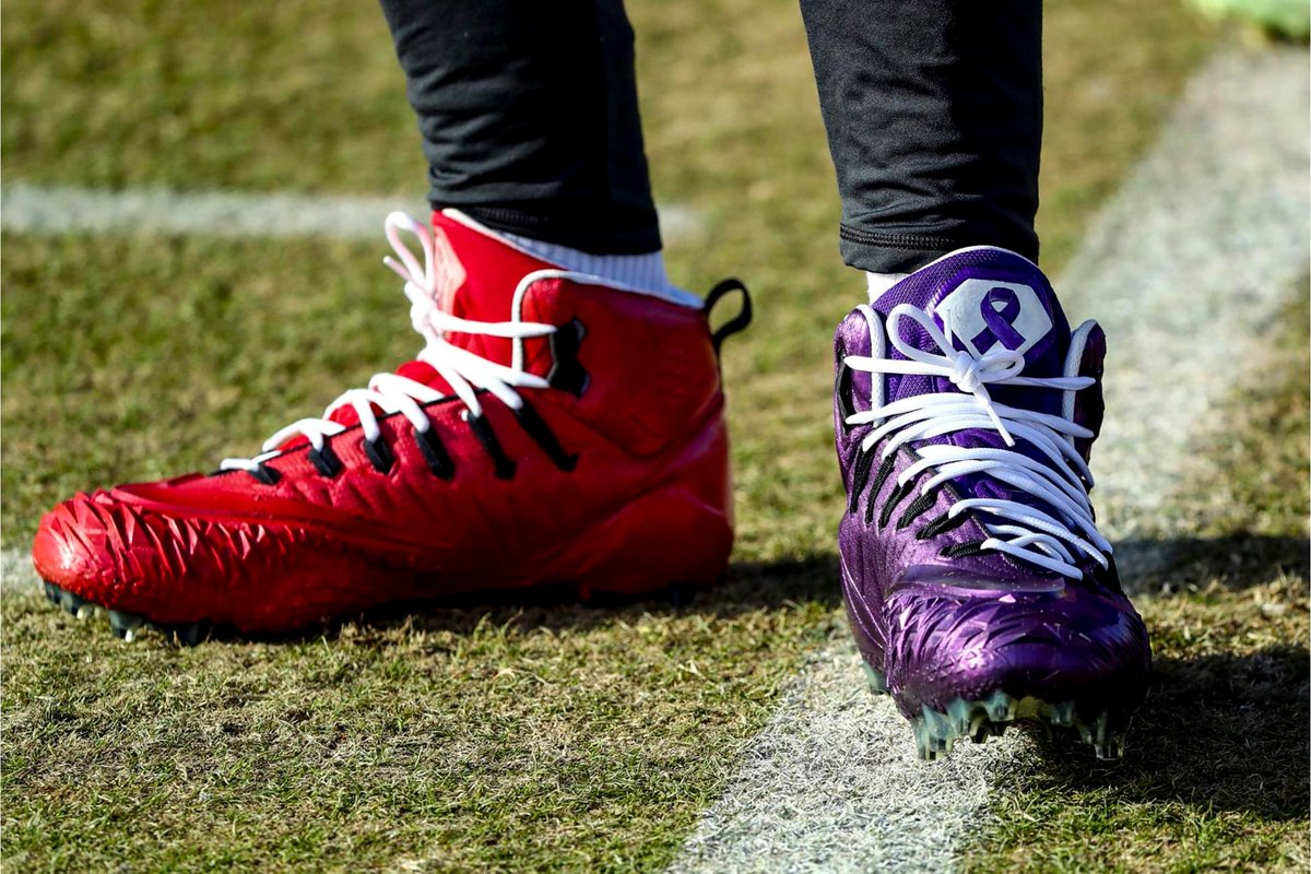 Our players started to break in their #MyCauseMyCleats yesterday at practice. 👟 Learn about each cause the players are bringing awareness to. ➡️ chfs.me/2E3DCl2