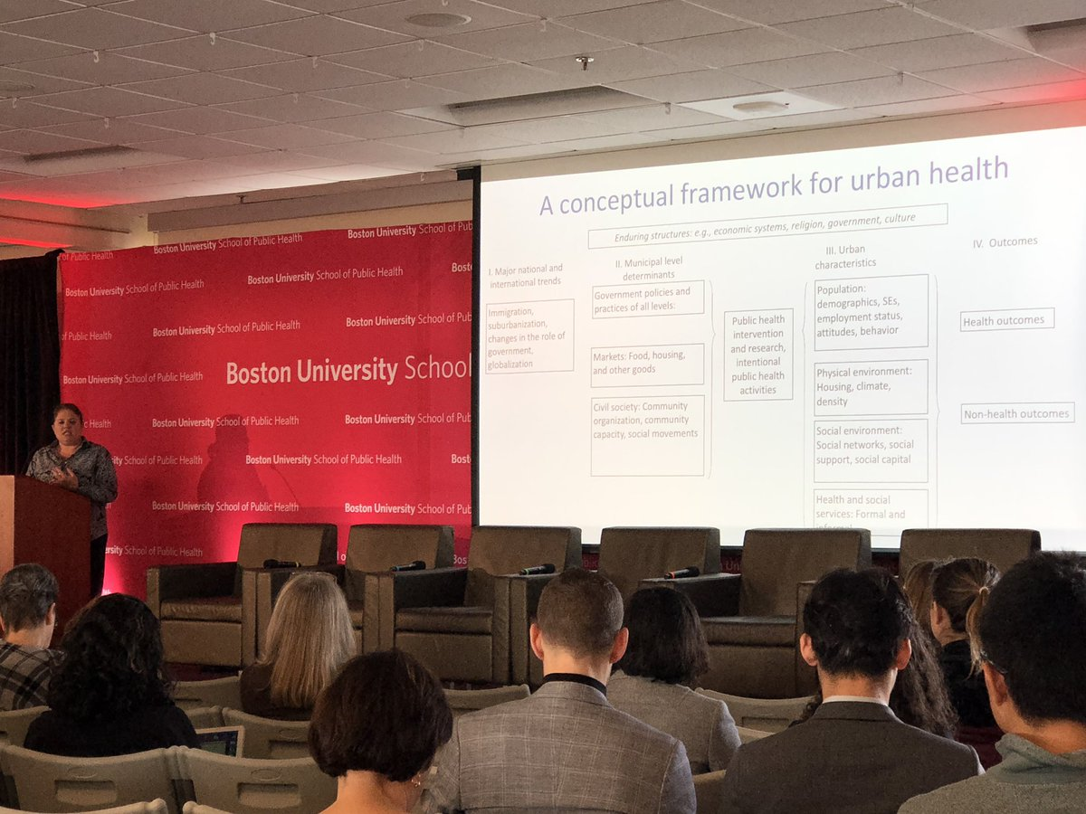 The systems approach is particularly important when you are considering policy interventions @danieompad #BUSPHSymposia <br>http://pic.twitter.com/SzrKuzRHYI