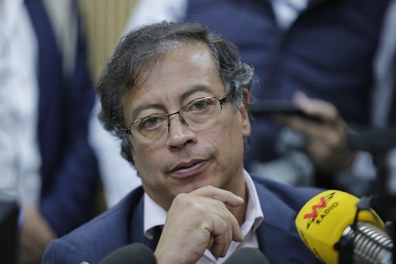 """W Radio Colombia on Twitter: """"Corte abre investigación preliminar ..."""