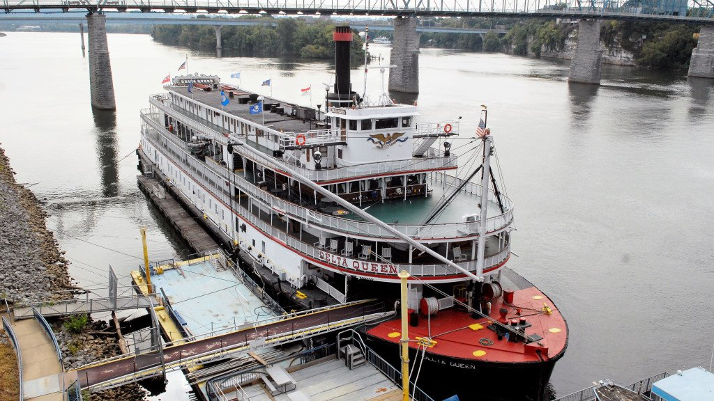Delta Queen wins federal exemption to cruise Mississippi River again, will visit St. Paul https://t.co/iOlfSAu9MT