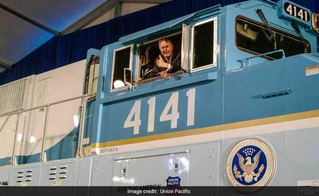 #GeorgeHWBush chose train for his last ride, reviving a bygone tradition https://t.co/guBFgpYiH4