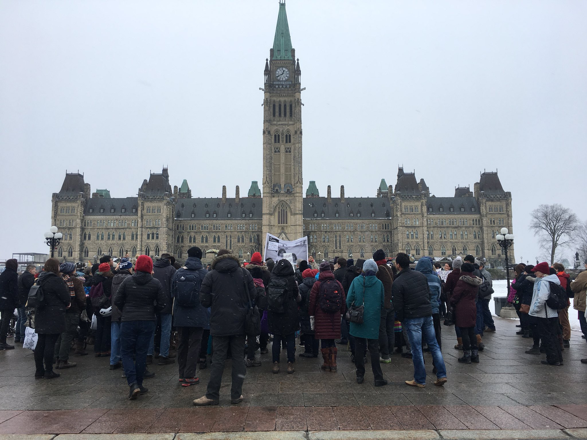 Grassy Narrows gathering on Parliament Hill