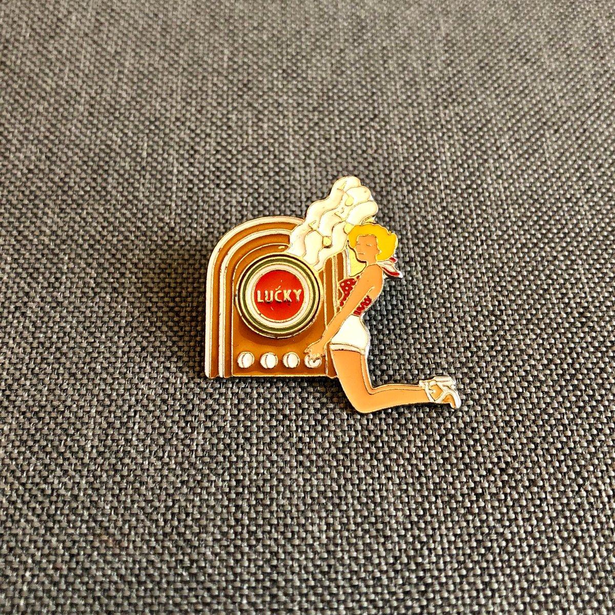 vintagepins Genuine Vintage Enamel Pins - Worldwide shipping