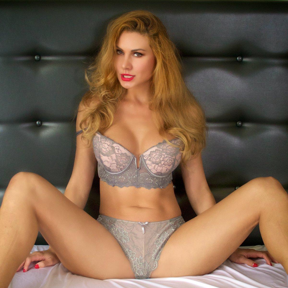 Pics Marina Valmont nude (28 photos), Pussy, Bikini, Feet, swimsuit 2006