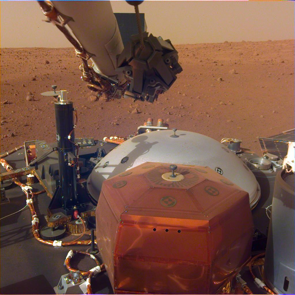 Exciting: Mars InSight is flexing its arm, which will be used to lift its instruments off its deck and onto the Martian surface! jpl.nasa.gov/news/news.php?…