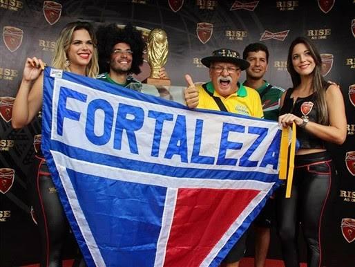 #Fortaleza100anos🦁🇫🇷 #GigantesPorNatureza #WorldCup - COPA 2018:  Em 2014 a FIFA homenageou Gaúcho da Copa(falecido em 2015) 12º Jogador do Brasil, torcedor do Grêmio e Fortaleza(Vídeo) https://blogdoramonpaixao18.blogspot.com/2018/12/em-2014-fifa-homenageou-gaucho-da.html…