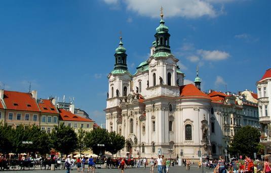 St Nicholas Church, Prague <br>http://pic.twitter.com/fzrLnB1Pdr