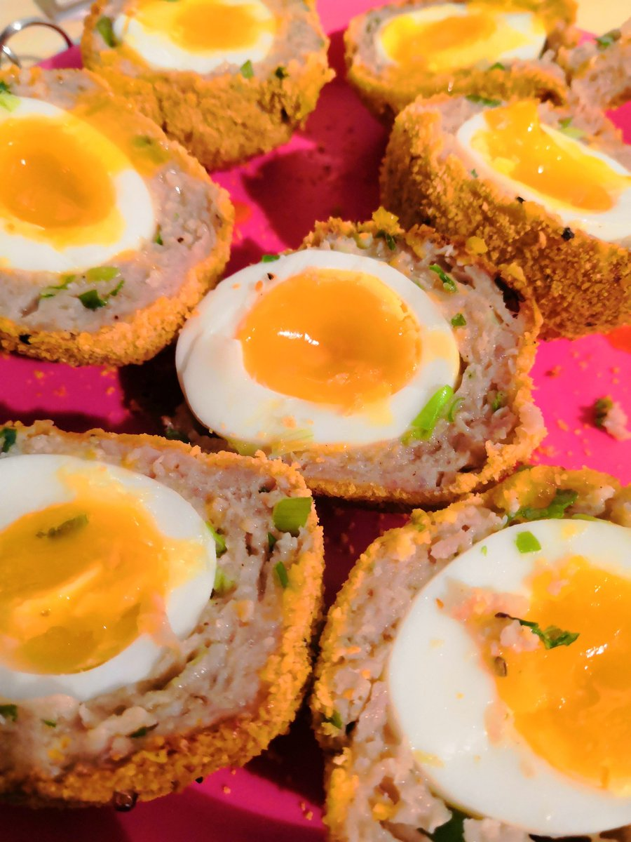 Successfully made some scotch eggs! Yay!  #Food  #Cooking #Christmas https://t.co/yrof9U90YS