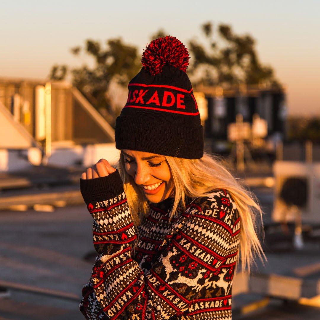 Kaskade Christmas.Shop Kaskade On Twitter What Completes The Holiday Season