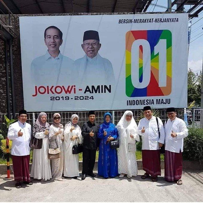 Pilihan #Terbaik2018 Ustadz Yusuf Mansyur Untuk Indonesia Maju Dan Cerdas Adalah Presiden @jokowi Photo