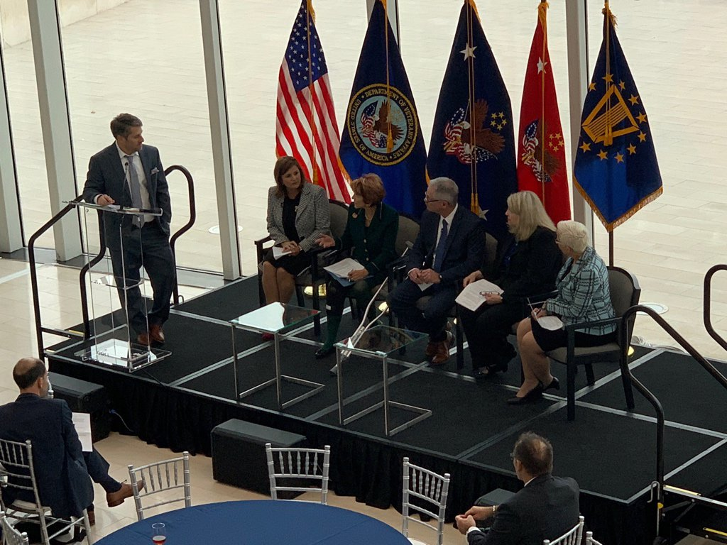 VA Chief of Staff Colonel Pamela Powers moderates panel featuring telehealth leaders discussing the future of virtual care. #A2ATelehealth <br>http://pic.twitter.com/o5UmIXW4CN