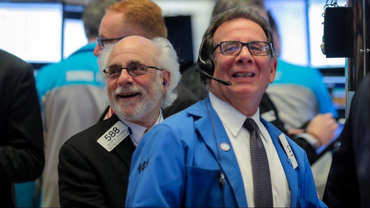Tech leads market comeback from trade worries https://reut.rs/2RKnJnK