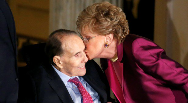 Today Senators Elizabeth and Bob Dole (@SenatorDole) celebrate their 43rd wedding anniversary. The couple was married on December 6, 1975 at the Washington National Cathedral. <br>http://pic.twitter.com/JUpT9iJCK6