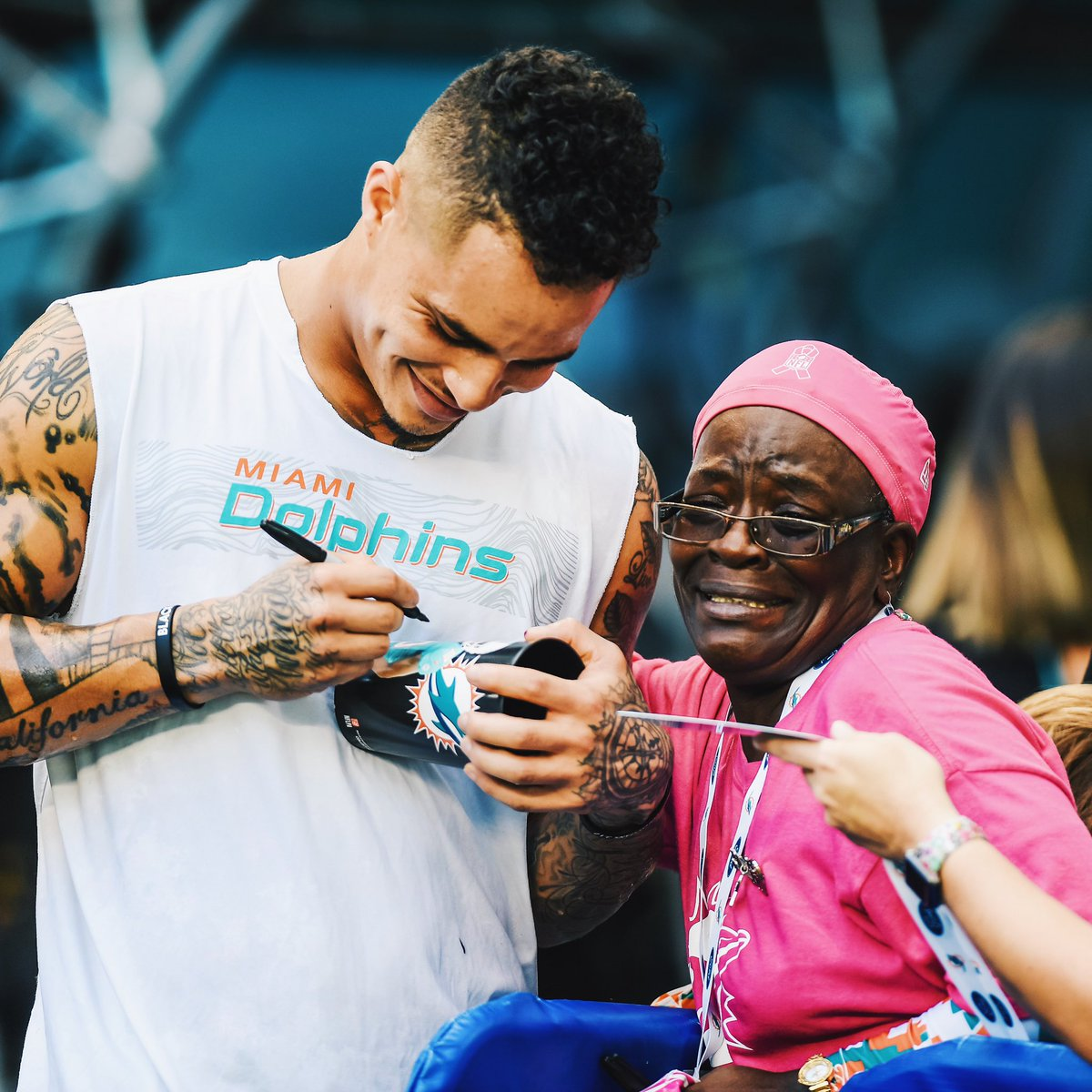 Humbled and honored to be named the Dolphins' Walter Payton Man of the Year nominee. Thankful for the support of the organization, my teammates, and everyone who helps spread messages of equality, love, and justice.   @KStills + #WPMOYCHALLENGE <br>http://pic.twitter.com/V6fQBDQVQz