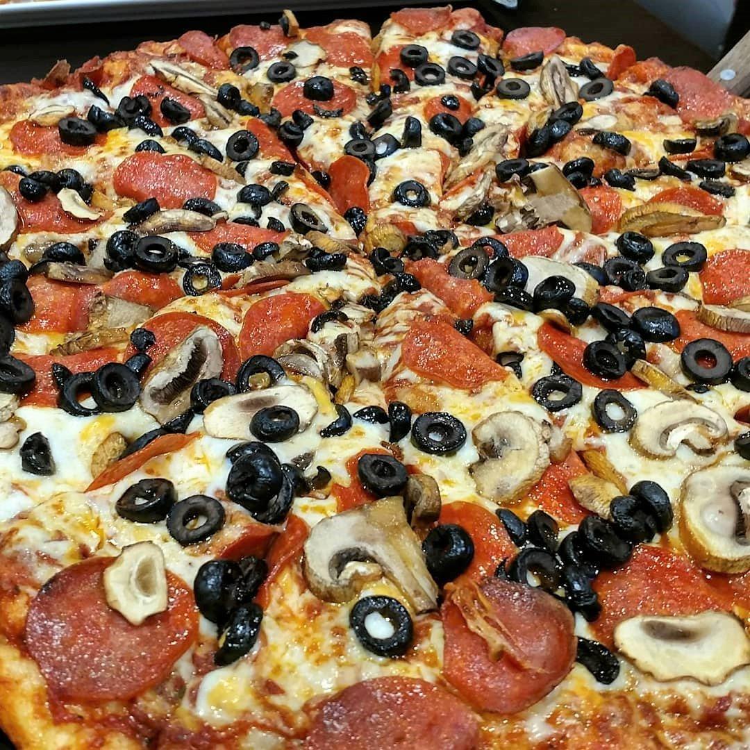 Round Table Pizza: Round Table Pizza Elk Grove Ca Whitelock