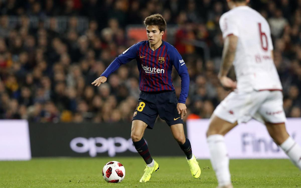 Stat line for @RiquiPuig's official debut: 35 minutes played 1 Assist 28 Passes 24 Completed passes .857 Completed pass % 3 Recoveries 2 Fouls won 36 Touches
