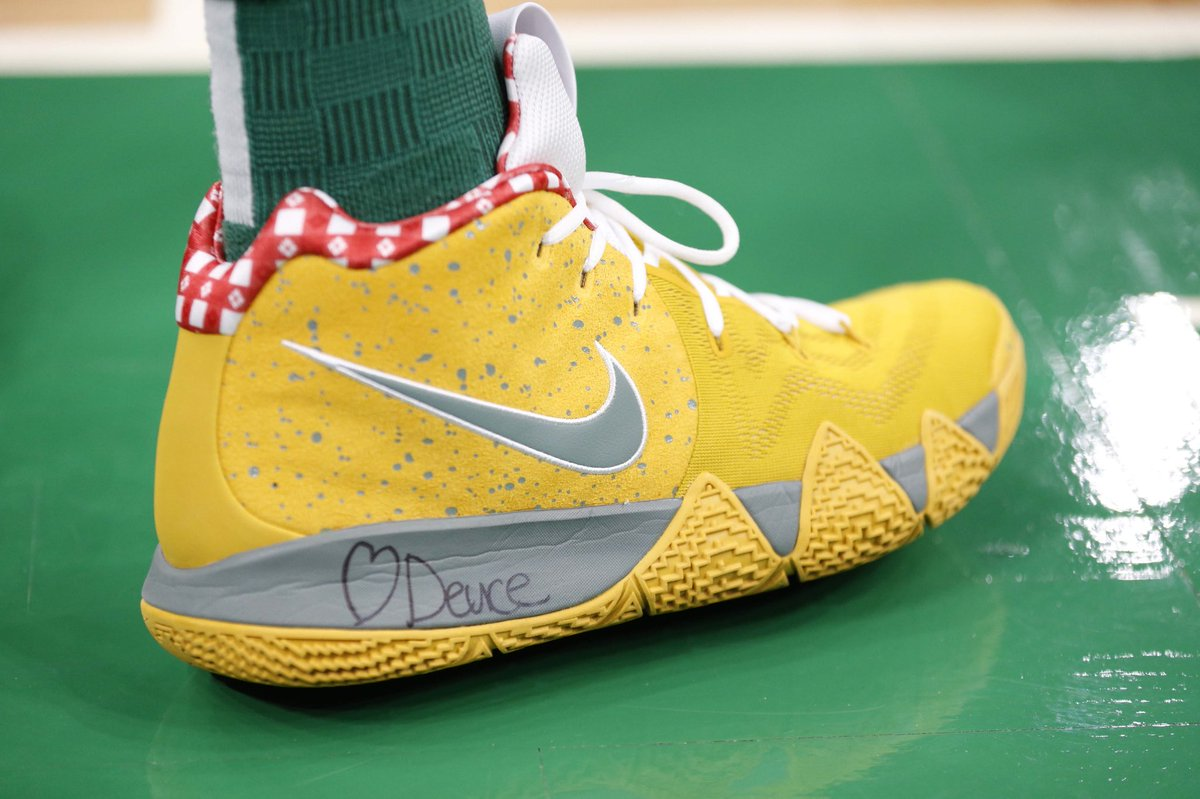 "e101805b53f6 jaytatum0 in the Nike Kyrie 4 ""Yellow Lobster"" against New York.pic.twitter .com BQaZndGEcU"