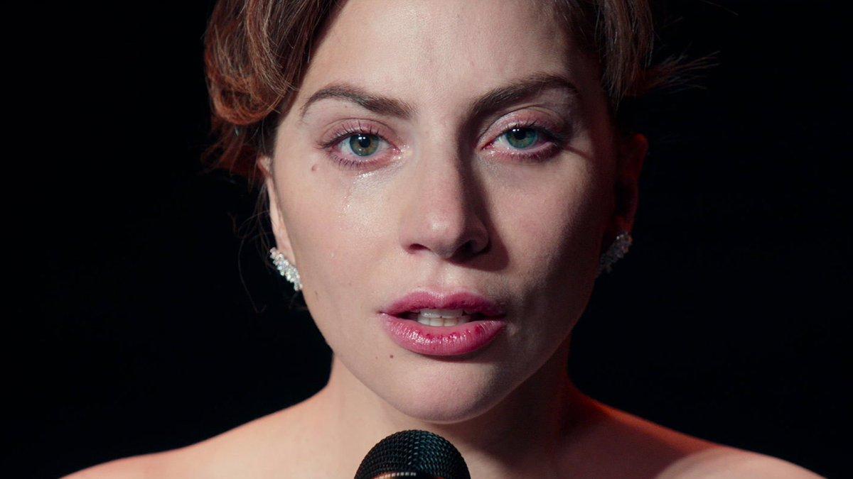 ☽'s photo on Golden Globe