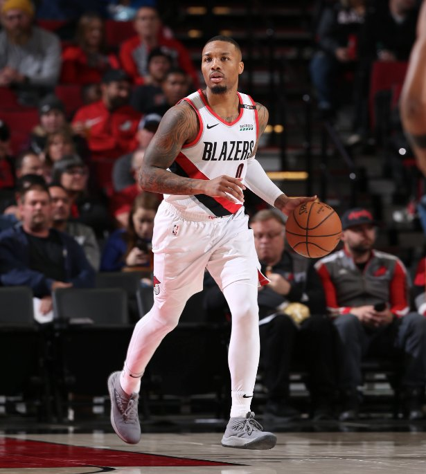 Damian Lillard (25 PTS, 8 AST, 5 REB) and Jake Layman (career-high 24 PTS) fuel the @trailblazers victory at home over PHX!  #RipCity 108 #TimeToRise 86  Zach Collins: 10 PTS, 5 REB Jusuf Nurkic: 9 PTS, 14 REB