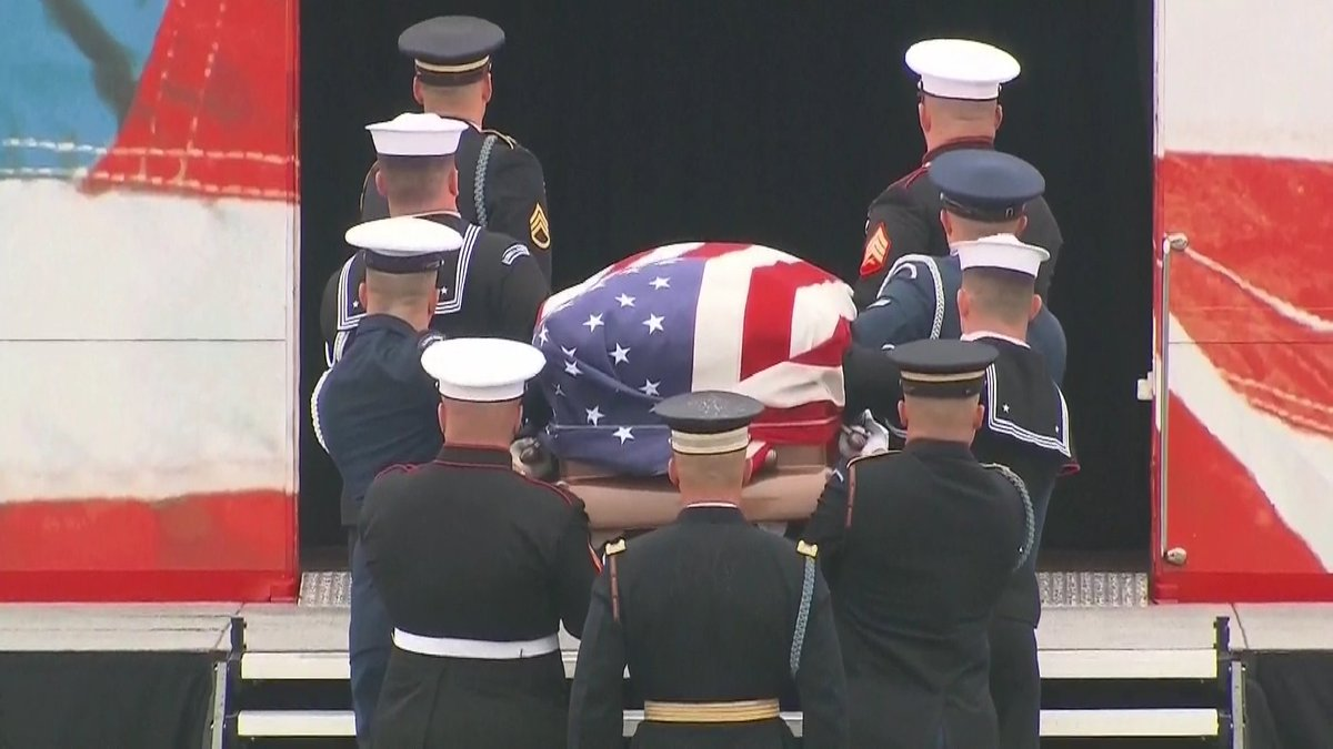 Photos: George H. W. Bush mourned by the nation he led: https://t.co/8cgLHm8sDk #Remembering41 #Bush41