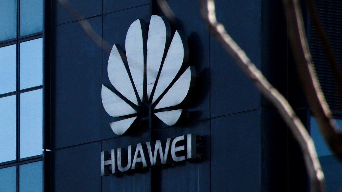 Trump was unaware of Huawei arrest: officials https://reut.rs/2EiI7ZZ