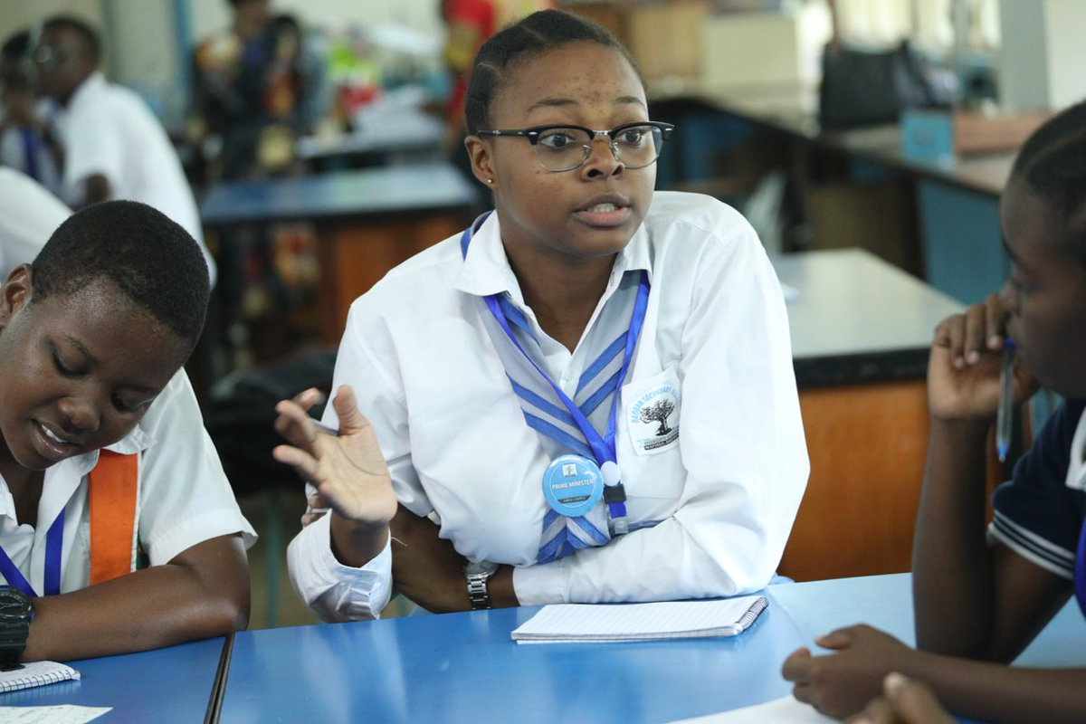 We're in Tanzania for the Future STEM Business Leaders programme, and today students are pitching their science business ideas to a panel of judges. The students with the best ideas will be offered a six-week internship with a business mentor. Good luck to them all! #FutureSTEMTZ <br>http://pic.twitter.com/mg917thbxD