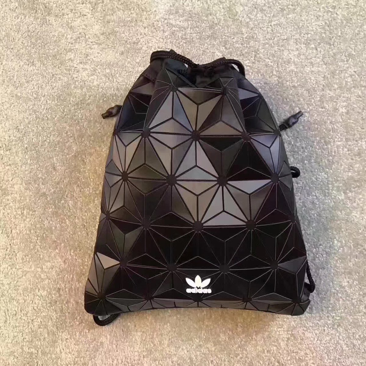 adidas backpack originals hashtag on Twitter 9f36e0255d