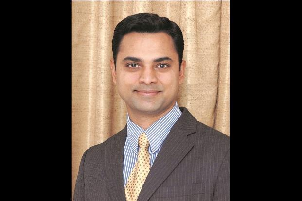 #JustIn    Govt Appoints Krishnamurthy Subramanian as Chief Economic Adviser for 3 years, he currently teaches at Indian School of Business