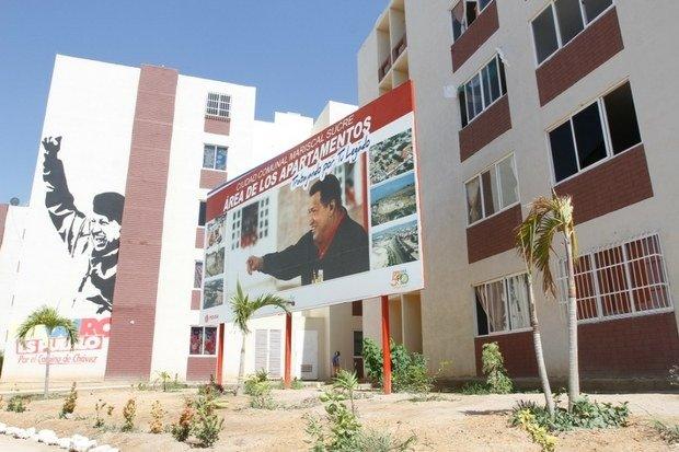 #07Dic   📣LA ETIQUETA DEL DÍA! ⏩#GMVVHito2Millones400Mil El Gobierno Bolivariano a través de la Gran Misión Vivienda Venezuela continúa el Plan de nuestro Comandante Hugo Chávez, hoy más que nunca el legado sigue en marcha y la vivienda número 2 millones 400 mil lo demuestra. Photo