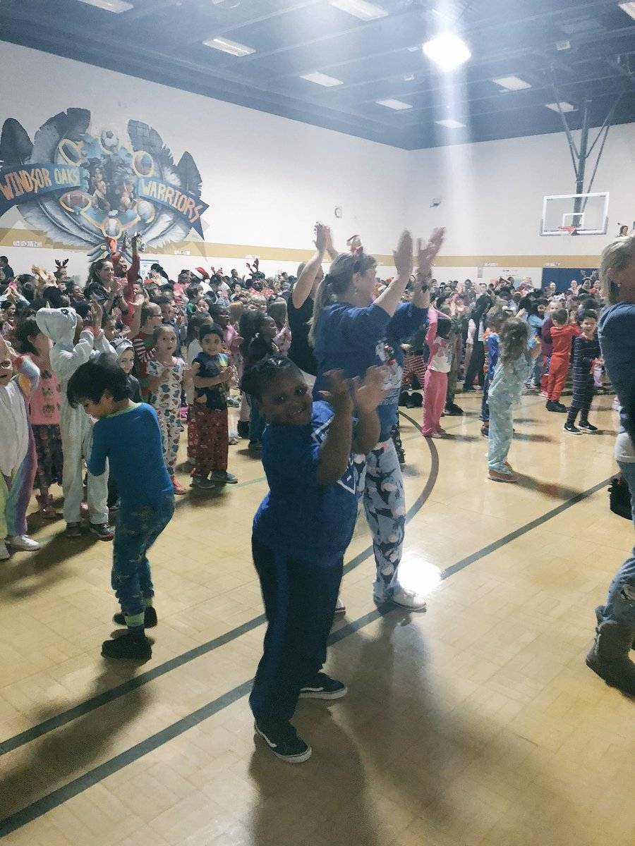 Dance party @WOESVB! Happy Holidays to all of our families.