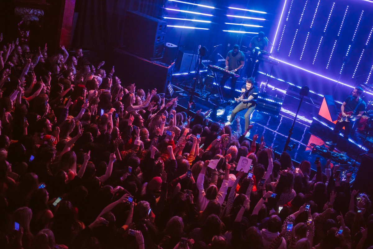 Wow! That was amazing. My first ever London headline show! Thank you all for coming and making it so special. What a perfect way to finish off the year. Merry Christmas! ❤️