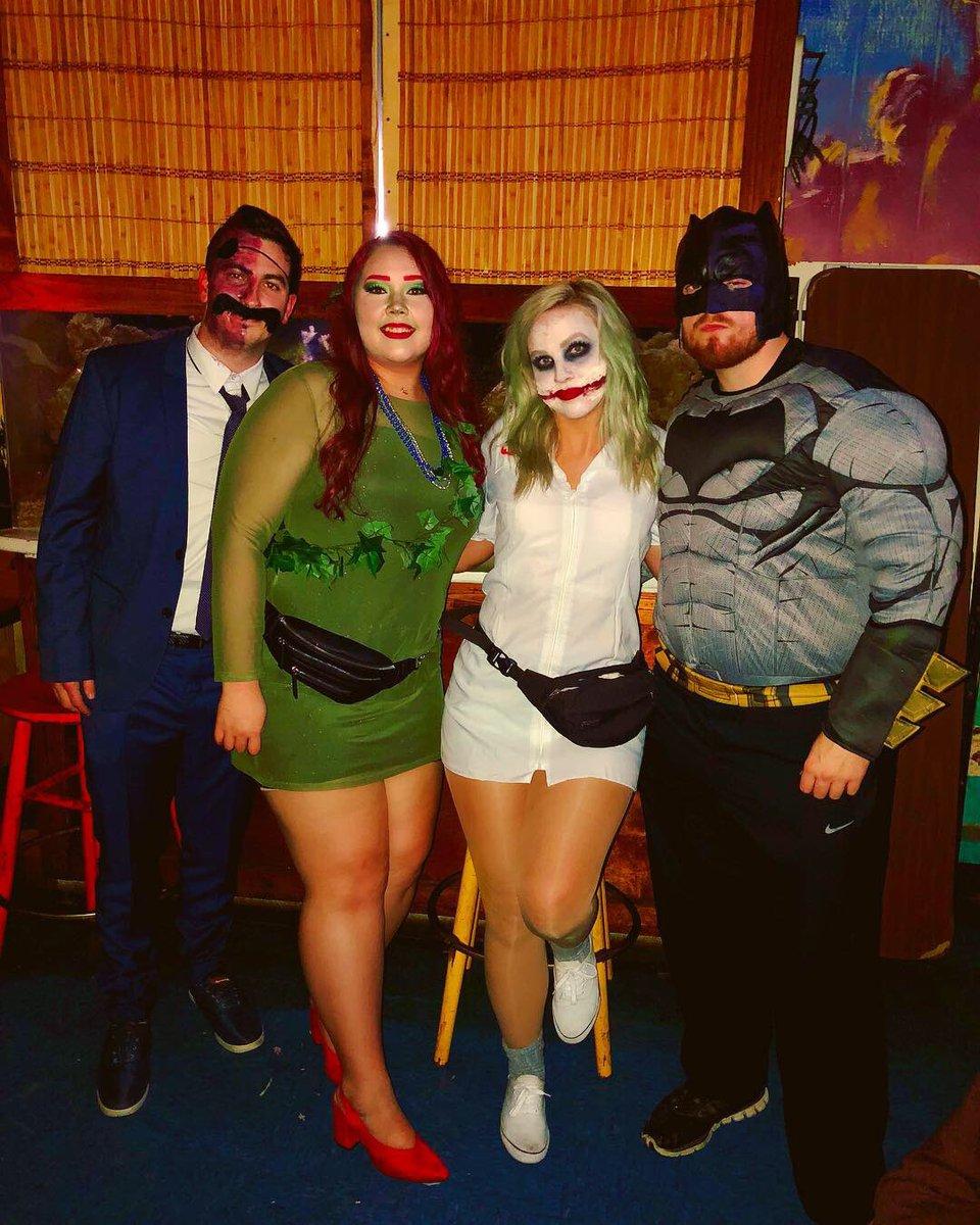 Halloween Costumes For 4 Friends.On Twitter My Friends Committed To Group Halloween