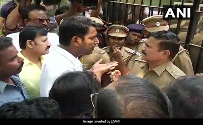 vishal-tweet-arrest