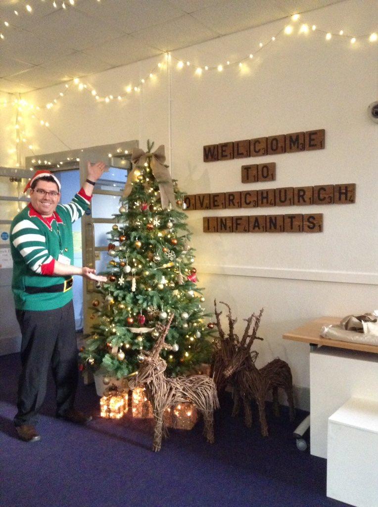 Newman Christmas Trees.Class 8 Overchurch On Twitter Elf Newman Wants To Win The