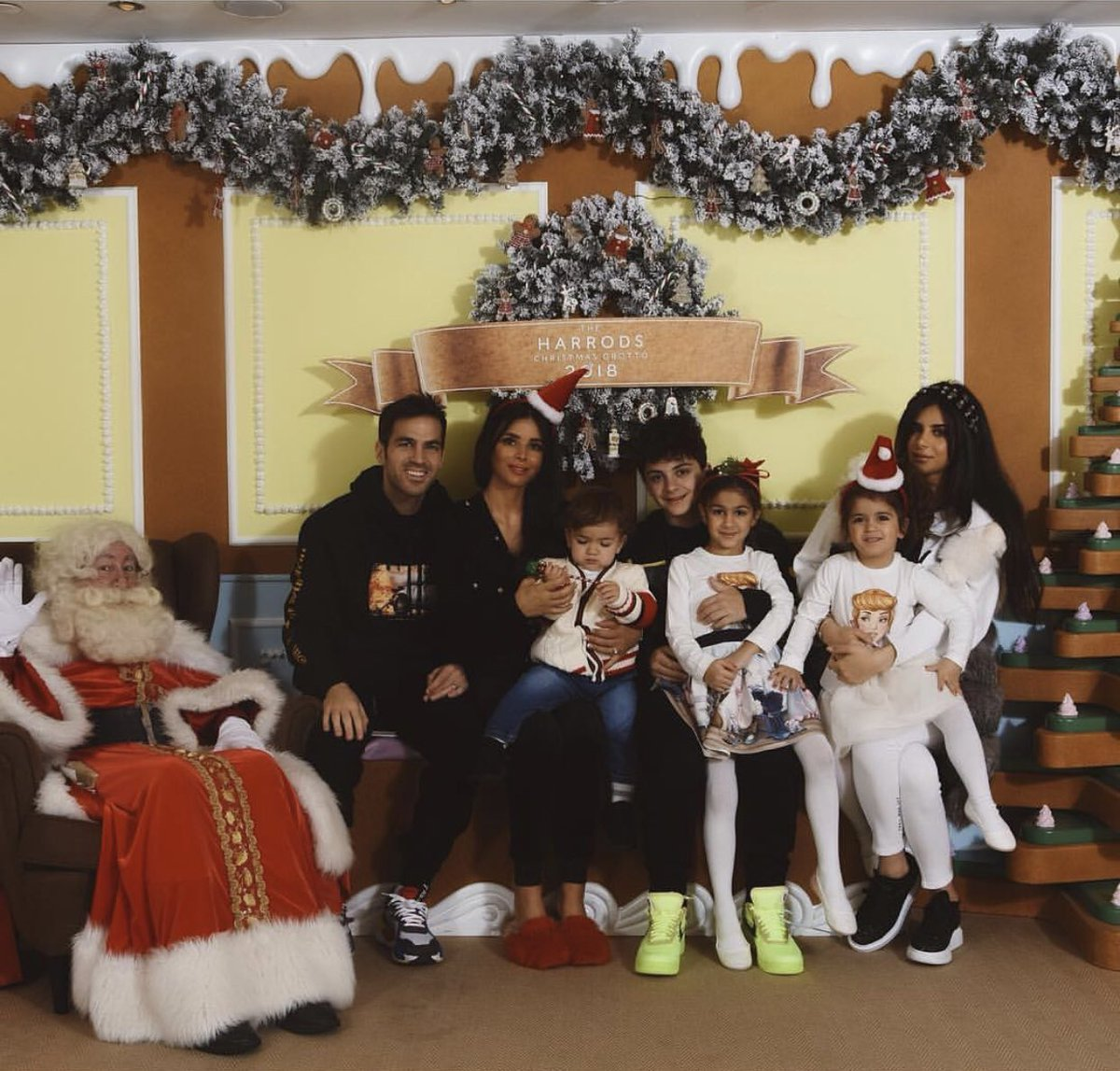 Morning visit to Santa's house 🎅 🙏🏻❤️