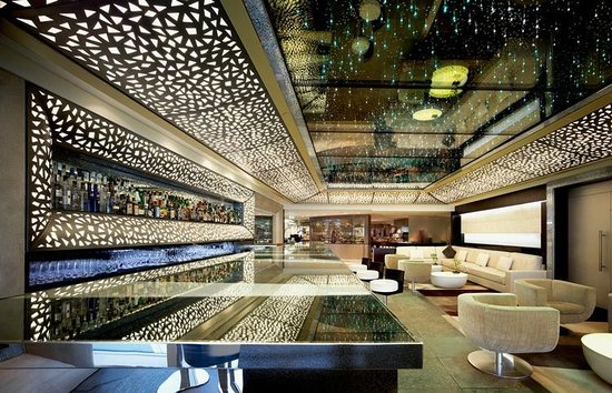 Burj Al Arab Jumeirah On Twitter The Ceiling In Junsui Bar Is The Largest Swarovski Crystal Ceiling In The World It Holds 21 000 Swarovski Crystals That Represent The Milky Way And The