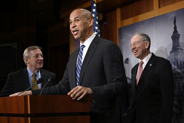 Senate unanimously passes Booker bill making lynching a federal crime http://nj-ne.ws/rYPv4US