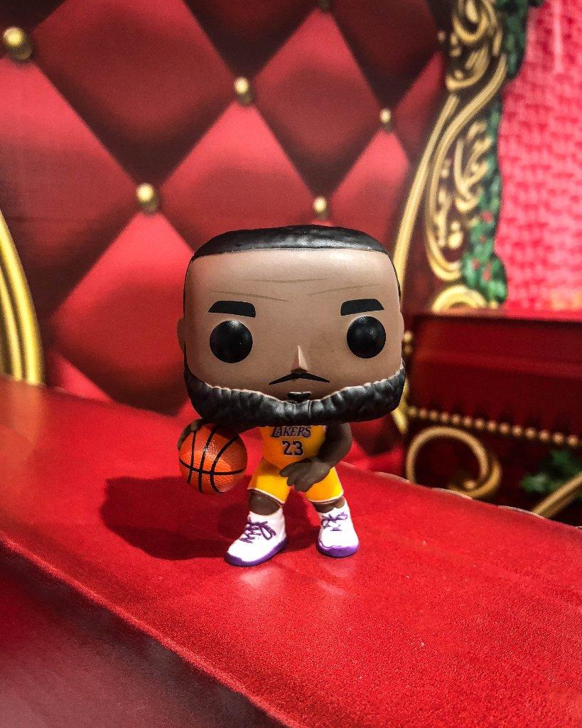 b3d68949bd1 Foot Locker exclusive Funko Pop  Lakers Lebron James Restock Hitting