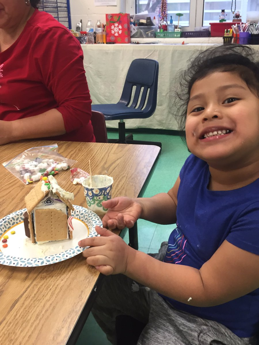 Gingerbread Day 2...engineers at work!<a target='_blank' href='http://search.twitter.com/search?q=KWBPRIDE'><a target='_blank' href='https://twitter.com/hashtag/KWBPRIDE?src=hash'>#KWBPRIDE</a></a> <a target='_blank' href='https://t.co/7Z3L3vvJ1R'>https://t.co/7Z3L3vvJ1R</a>