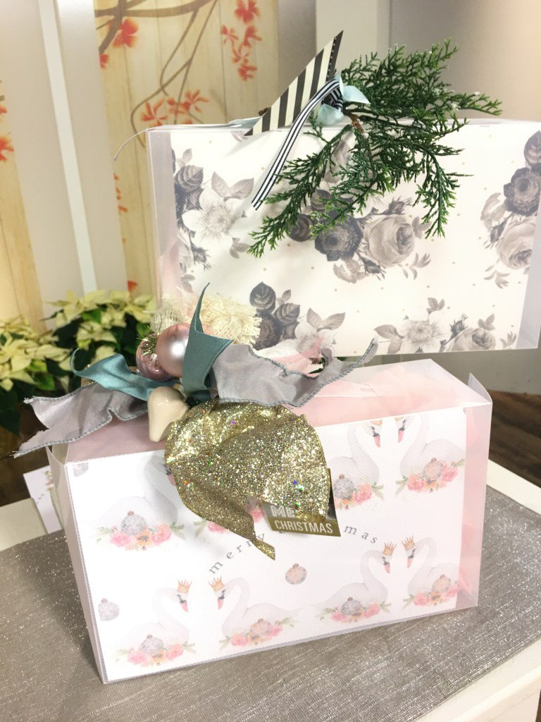 Clearbags On Twitter Need Some Last Minute Gift Wrapping Ideas