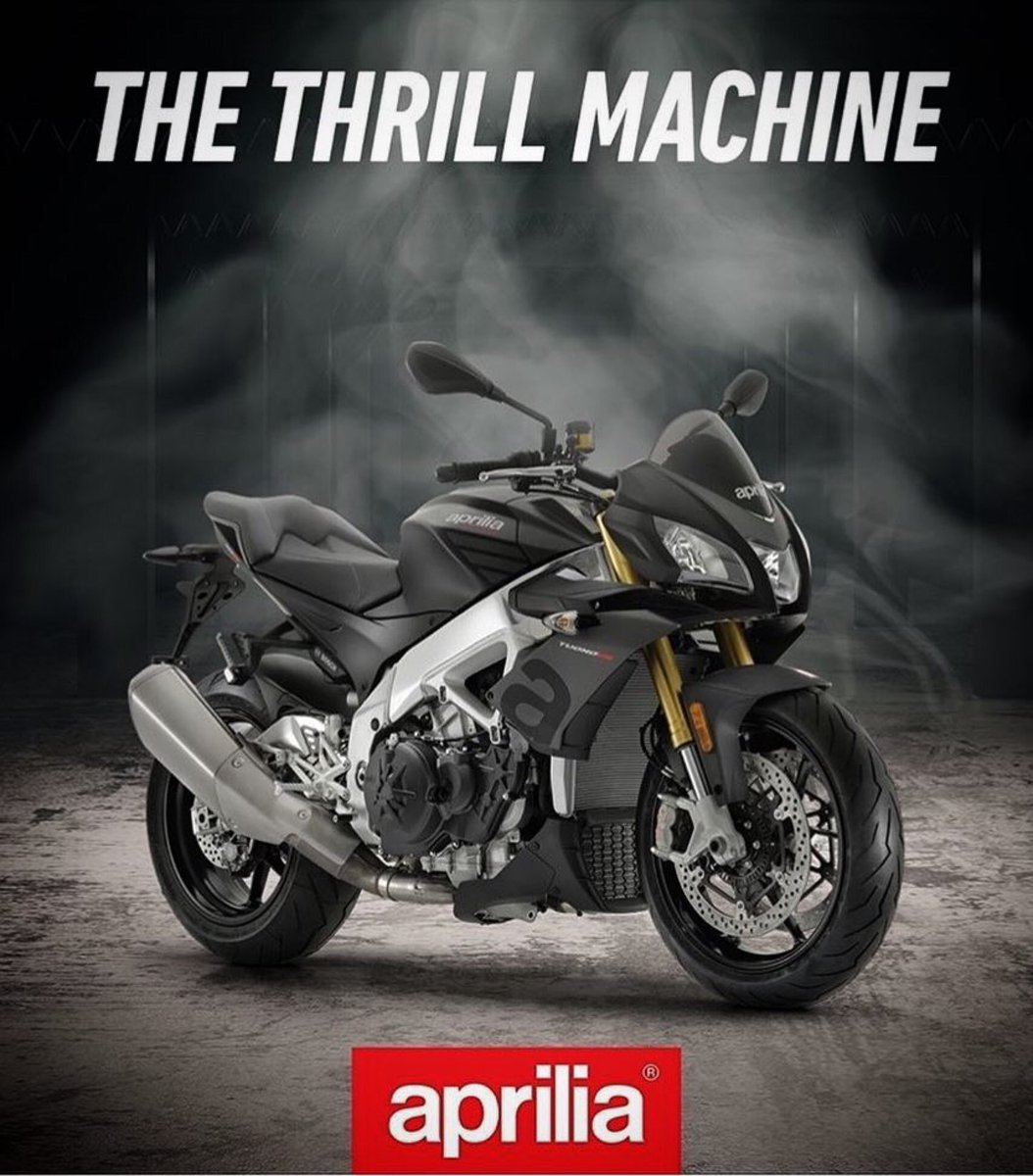 """Even after winning the @CycleWorldMag """"Best Standard Bike"""" for the second year in a row, the 2019 Tuono V4 1100 RR continues its evolution as a class leading performance machine.  #aprilia 