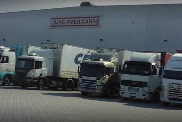 7cac1d12701 criminosos roubam deposito das lojas americanas em nova iguacu funcionarios  foram agredidos confira