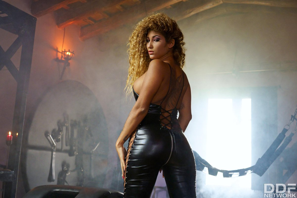 Nikkis Agencia Modelos Porno media tweetssweat models (@sweatmodels) | twitter