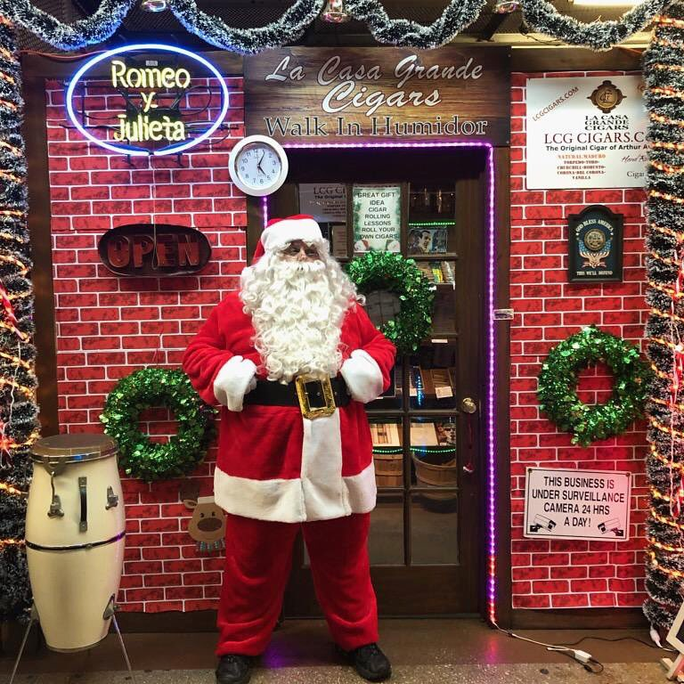 Little Christmas Italy.Bronx Little Italy On Twitter Santa Claus Is Coming To