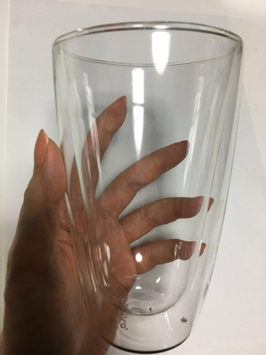 test ツイッターメディア - ダイソーのシールを集めて、やっとダブルウォールグラス、ゲットしました!  冷たい飲み物だけでなく、温かい飲み物も入れられる!??  もう一セット欲しいので、あと10日以内に3600円、ダイソーで何か買ってこないと。 何を買おう???  #ダイソー #ダブルウォールグラス #シール #買い物 #夏嶋カーラ https://t.co/2vXYx0YQzL