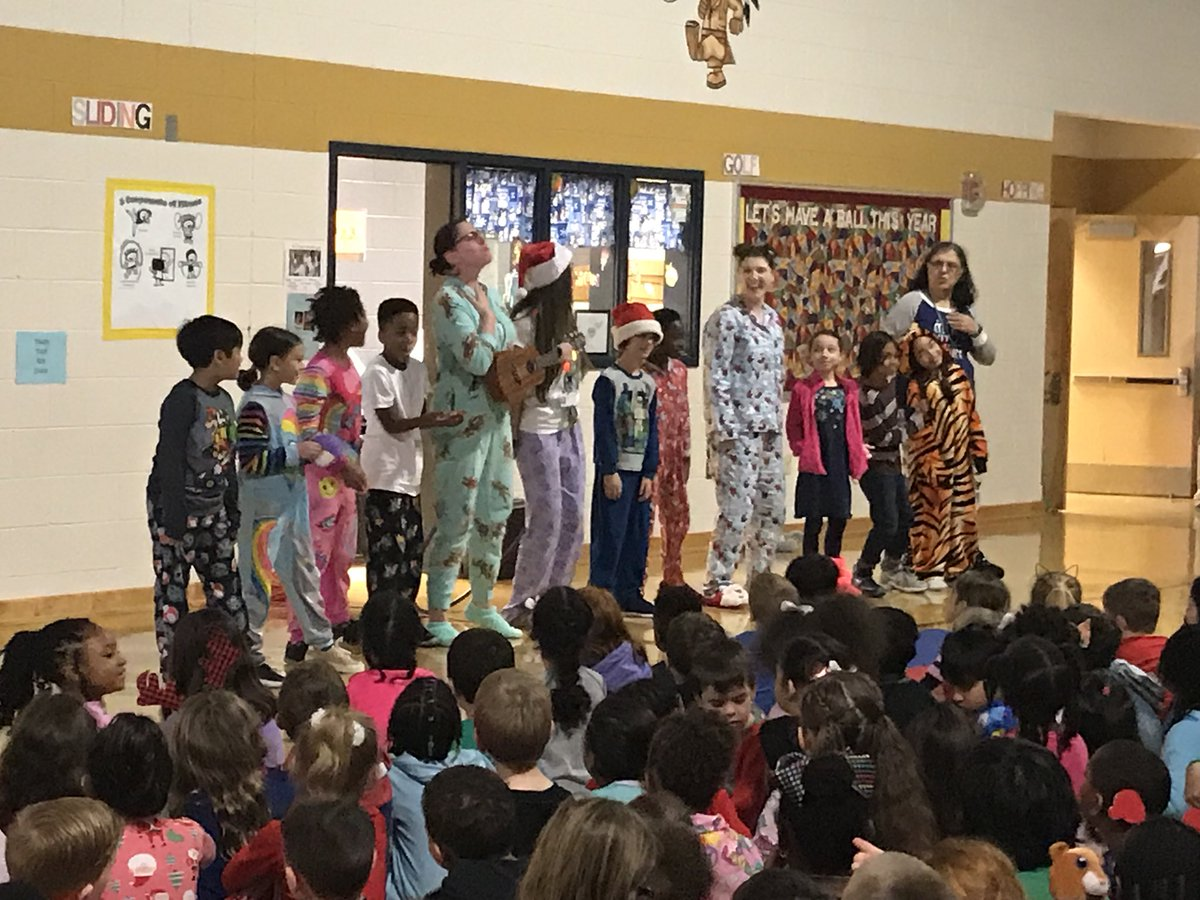 3rd grade teachers and students performing the Chipmunks Christmas Song @vbschools @WOESVB
